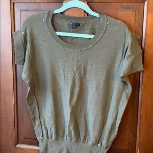 Gap olive green short sleeve sweater